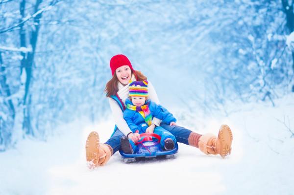 Aktywność podczas mroźnej zimy też może być przyjemnością, o ile odpowiednio się do niej przygotujemy.