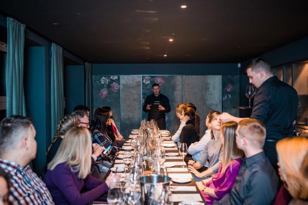 Królewskie barolo to jedna z pierwszych kolacji zorganizowanych z inicjatywy Trójmiejskich Sommelierów, która odbyła się w sopockiej Sztuczce Bistro.