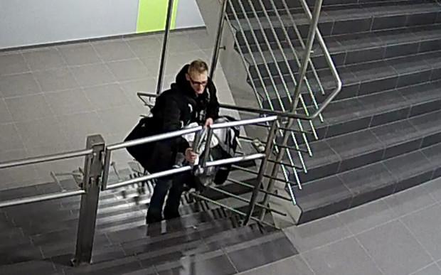 Poszukiwany w sprawie kradzieży suszarki do rąk we Wrzeszczu.