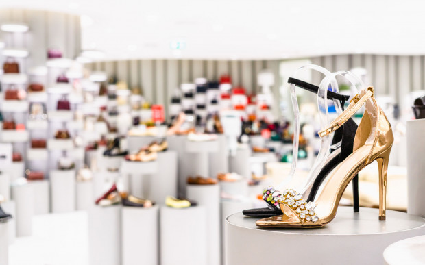 """Marilyn Monroe mawiała: """"Dajcie dziewczynie dobrą parę butów, a podbije świat""""."""