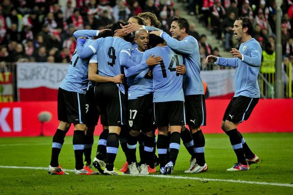 W 2012 roku w Gdańsku zagrała pierwsza reprezentacja Urugwaju. W maju w Gdyni mogą zaprezentować się ich następcy w mistrzostwach świata do lat 20. Weszli do turnieju m.in. kosztem Brazylii, a przed dwoma laty brąz przegrali dopiero po karnych.