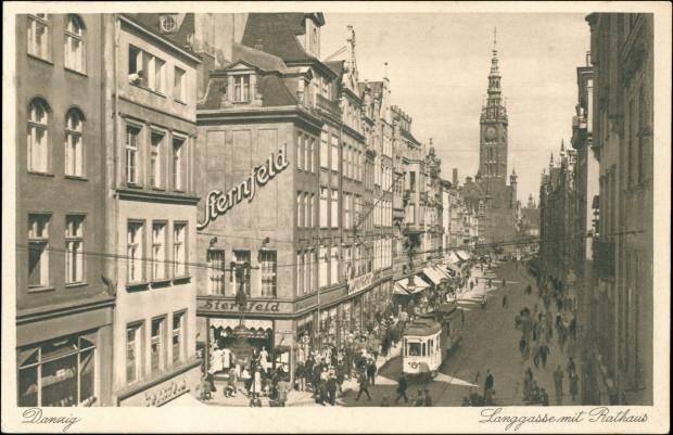 Dom Handlowy Nathana Sternfelda na rogu ul. Długiej i Tkackiej, 1933 r. Ze zbiorów Krzysztofa Gryndera.