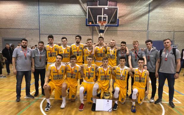 Asseco Arka Gdynia ze srebrnymi medalami mistrzostw Polski U-20.