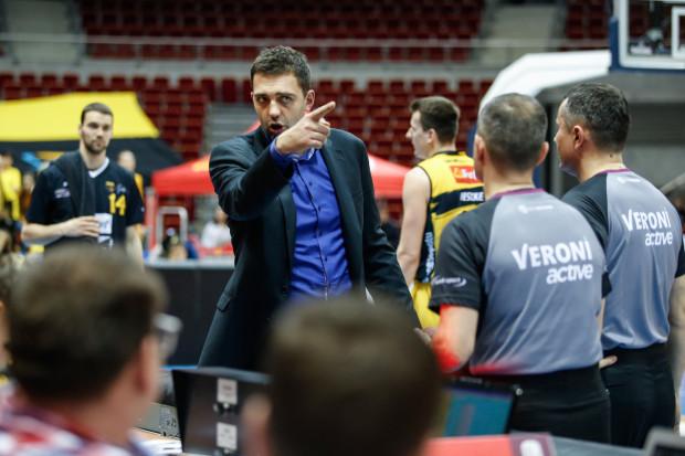 Marcin Stefański w trenerskim debiucie nie zdołał uchronić koszykarzy Trefla Sopot przed spadkiem na ostatnie miejsce w tabeli Energa Basket Ligi.