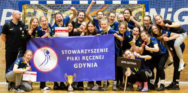 Piłkarki ręczne SPR Gdynia zdobyły pierwszy dla klubu medal mistrzostw Polski.