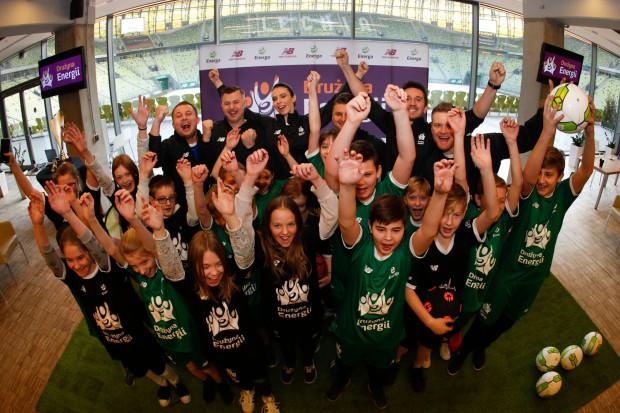 """Energa wspiera nie tylko sportowców z pierwszych stron gazet. """"Drużyna Energii"""" to ogólnopolski program sportowo-edukacyjny dla dzieci z klas 6-8 szkół podstawowych."""