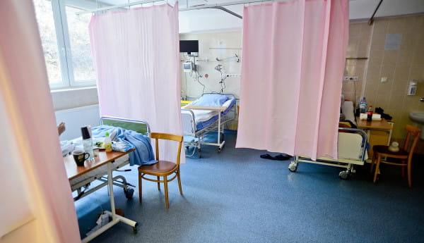 Wirus AH1N1 może być groźny głównie dla starszych pacjentów z innymi chorobami. W porę rozpoczęte leczenie nie wiąże się z zagrożeniem.