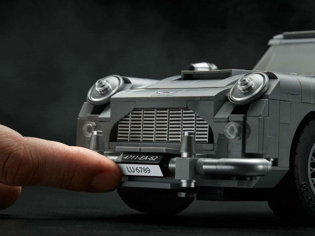 Klocki Lego coraz częściej przyciągają uwagę dorosłych. Na zdjęciu: słynny wóz Jamesa Bonda.