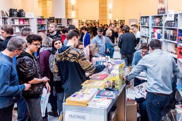Gdańskie Targi Książki w zeszłym roku odwiedziło blisko 13 tys. osób. Czy w tym roku będzie podobnie? Przekonamy się już wkrótce.