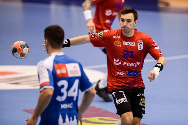Piotr Papaj (z piłką) liczy na to, że Energa Wybrzeże zmusi we wtorek mistrzów Polski do gry na sto procent.