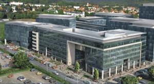 Na pierwszym planie biurowiec Olivia Gate, zaraz za nim - Olivia Point. Wszystkie budynki Olivia Business Centre mają powstać do 2017 r.