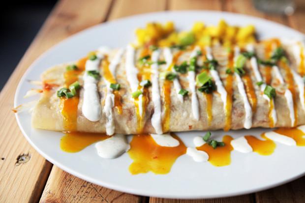 Roti - sztandarowe danie Mauritiusa. W gdyńskim lokalu Dodo Roti zjemy je w różnych kompozycjach.