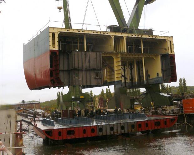Dla norweskiej Ulstein Group Stocznia Gdańsk zrealizuje bloki okrętowe.