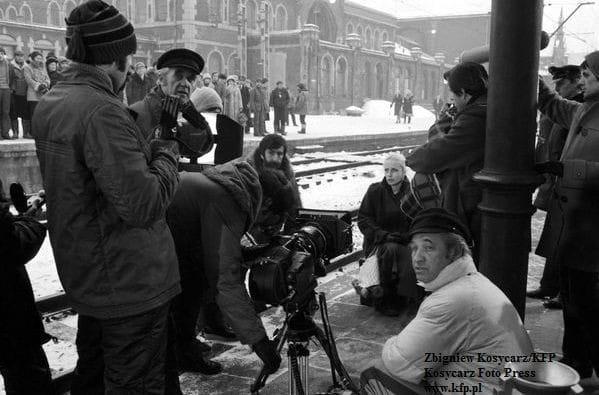 """Andrzej Wajda z ekipą na planie """"Człowieka z żelaza"""" - filmu, który nie tylko w pamięci wielu gdańszczan uchodzi za dzieło legendarne w polskiej kinematografii."""