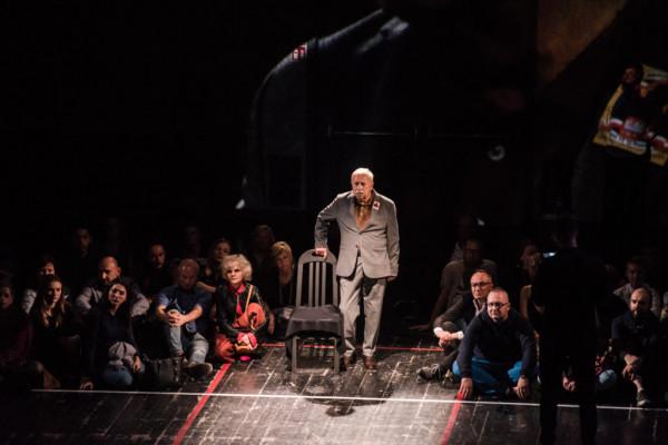 """Spektakl """"Wałęsa w Kolonos"""" z Jerzym Stuhrem w roli głównej w Teatrze Szekspirowskim zagrany zostanie w ramach Święta Wolności i Solidarności aż czterokrotnie (po dwa razy 6 i 7 czerwca)."""