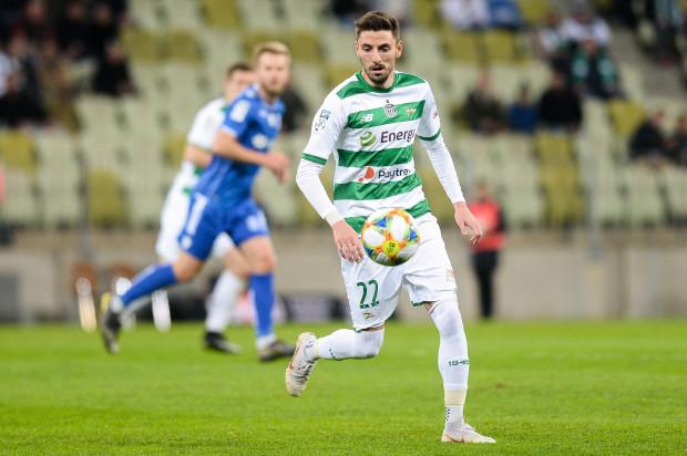 Filip Mladenović kandyduje do miana piłkarza sezonu 2018/19 w ekstraklasy. Poza tym Lechia ma swoich kandydatów w głosowaniu na każdej pozycji oraz wśród trenerów. Wśród bramkarzy doceniono także Pavelsa Steinborsa z Arki Gdynia.