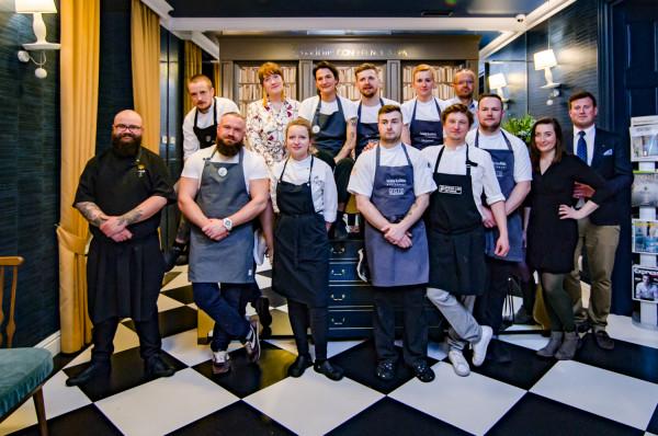 Zespół odpowiedzialny za przygotowanie pierwszej kolacji z cyklu Chefs for Change.