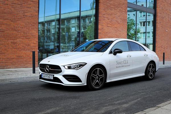 Cennik nowego Mercedes-Benz CLA Coupe startuje od kwoty 125 300 zł.