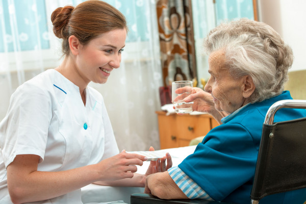 Ogólnopolski Dzień Opiekuna Osób Starszych, to dzień poświęcony wszystkim osobom, które zajmują się seniorami.