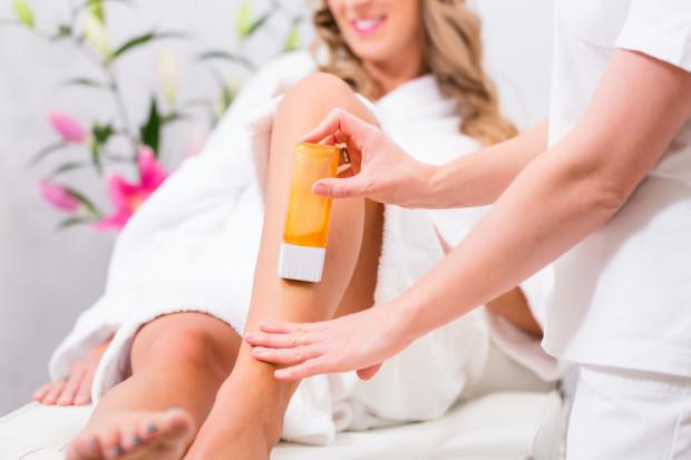 Depilacja wykonywana w gabinetach kosmetycznych jest jednym z najpopularniejszych zabiegów.