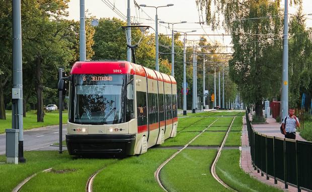 Gdańsk zakupił 35 Pes Swing. Pierwsze tramwaje dotarły do Gdańska w 2010 r.