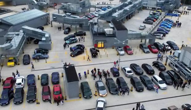Jeśli pogoda dopisze - targi odbędą się na dachu Galerii Metropolia. Jeśli nie - uczestnicy zostaną zaproszeni na parking na poziomie 0.