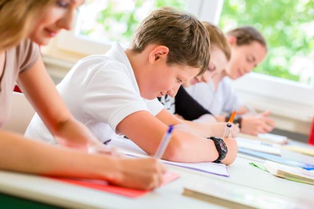 O przyjęcie do szkół średnich ubiegają się w tym roku absolwenci szkół podstawowych oraz zlikwidowanych gimnazjów, czyli dwa równolegle roczniki.