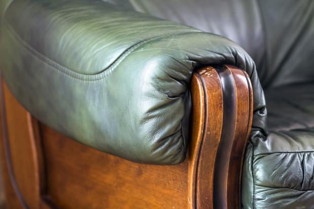 Co kiedyś było wyznacznikiem luksusu? Na pewno przepych i masywne meble.