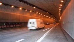 Tunel pod Łabą w Hamburgu wydrążony przez Trudę - maszynę TBM.