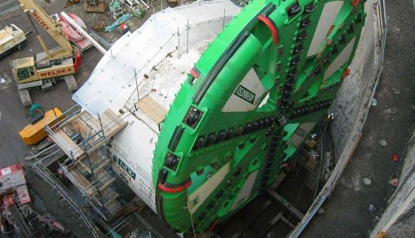 """""""Meghan"""", czyli maszyna, która wydrążyła tunel w porcie w Dublinie."""