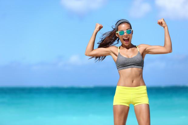 Słońce i szum morza jednych nastrajają do odpoczynku, innych do wzmożonej aktywności fizycznej.