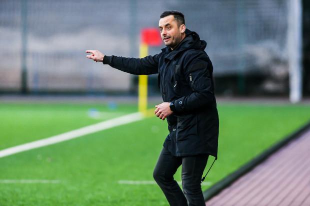Sebastian Letniowski znów będzie miał ból głowy. Jego zespół do Gdyni wraca bez punktów.