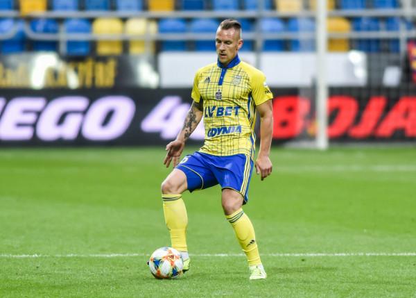 Choć Arka Gdynia nie przedłużyła jeszcze kontraktu z Adamem Danchem, wszystko wskazuje, że obrońca pozostanie w Gdyni na kolejny sezon.