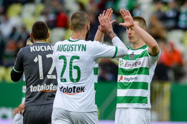 W czwartek piłkarze Lechii zameldują się w Gdańsku po urlopach. 22 czerwca zagrają pierwszy z pięciu sparingów.