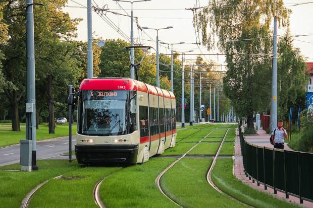 Pesy Swing jeżdżą po Gdańsku od ośmiu-dziewięciu lat. Pięć pojazdów z najdłuższym przebiegiem przejdzie gruntowny remont w przyszłym roku.