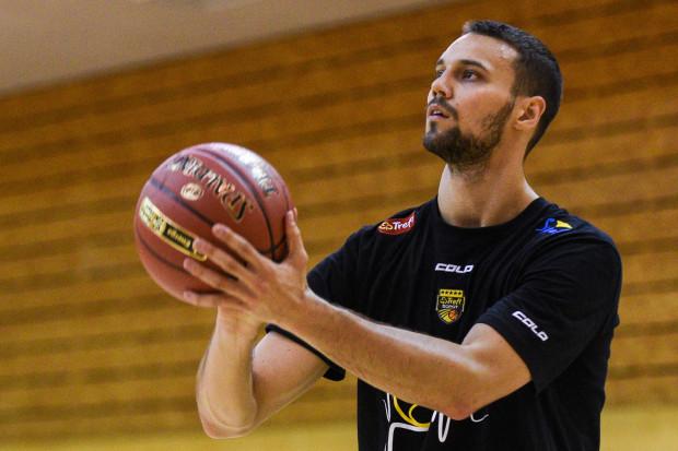Grzegorz Kulka w ostatnim sezonie zdobył łącznie 85 pkt w 27 meczach w Treflu Sopot.
