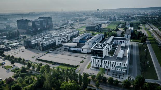Uniwersytet Gdański otwiera liceum dla absolwentów szkół podstawowych i gimnazjów.
