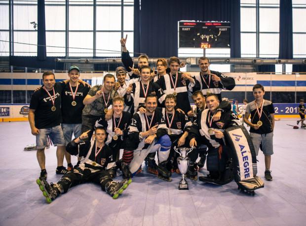 W barwach zwycięskiej drużyny wystąpili gdańscy hokeiści: Josef Vitek, Oskar Lehmann, Maciej Rompkowski, Szymon Marzec i Gilbert Leśniak.