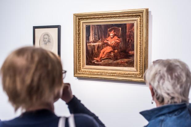 Stańczyk, czyli nadworny błazen pogrążony w smutku i melancholii, podczas gdy za jego plecami trwa bal, to bohater jednego z najbardziej znanych obrazów Jana Matejki. Zobaczymy go na sopockiej wystawie.
