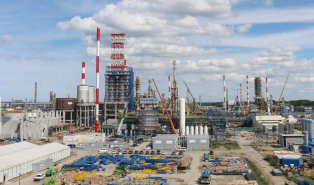Dzięki realizacji Projektu EFRA (wartego 2,3 mld zł) zakład Lotosu w Gdańsku ma stać się najnowocześniejszą rafinerią w Unii Europejskiej.