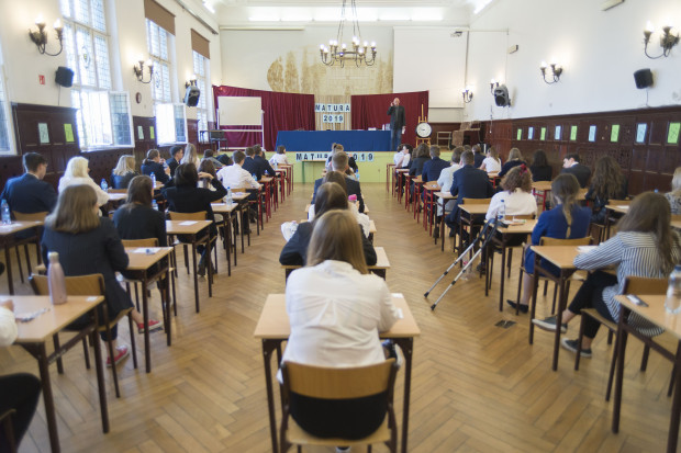 Maturzyści poznali wyniki egzaminu dojrzałości.