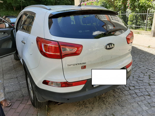 Dojrzały mężczyzna, kierowca kii, zapytał umundurowanego komendanta SM w Sopocie, czy może zaparkować na skrzyżowaniu. Był nietrzeźwy.