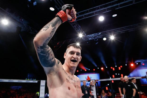 Damian Kostrzewa zostawił piłkę ręczną dla MMA. W debiucie zwyciężył już w pierwszej rundzie.