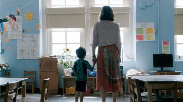 """""""Przedszkolankę"""", jeden z najlepiej przyjętych filmów ostatnich miesięcy, można będzie obejrzeć w sekcji """"Spectrum 18/19"""". To przegląd najczęściej wyróżnianych na festiwalach produkcji, głównie z nurtu kina autorskiego."""