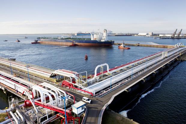 Rekordowe przeładunki w Naftoporcie. Naftoport przyjął o 13 zbiornikowców więcej niż w tym samym czasie w 2018 roku. W sumie było ich 51.