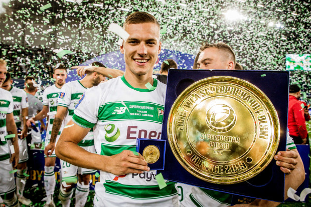 Lukas Haraslin świętuje z Lechią Gdańsk zdobycie Superpucharu Polski, ale przyznaje, że jego przyszłość może rozstrzygnąć się dopiero po rozmowach na linii menedżer - klub - trener.