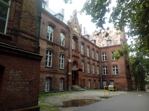 Jeden z budynków, w których w XIX wieku mieściła się siedziba zakładu dla niewidomych.