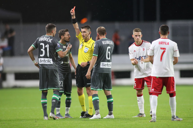 Od 43. minuty meczu w Łodzi Lechia Gdańsk grała w osłabieniu po czerwonej kartce dla Żarko Udovicicia.