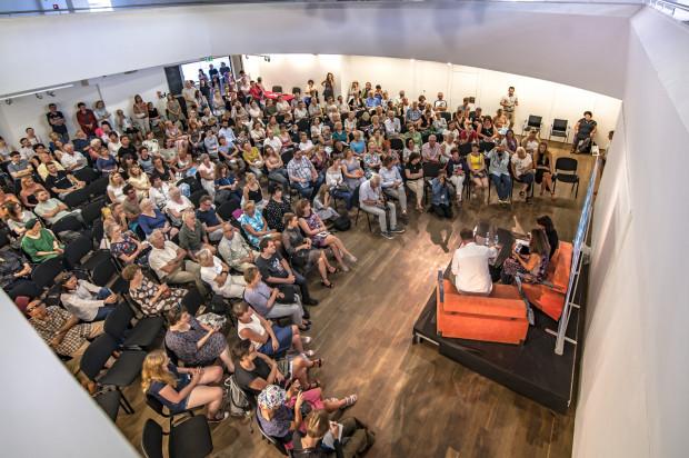 """Festiwal Literacki Sopot budzi co roku bardzo duże zainteresowanie publiczności. Miniona edycja poświęcona była obszarowi francuskojęzycznemu. W tym roku - jako jej """"echo"""" - pojawi się na imprezie Éric-Emmanuel Schmitt."""
