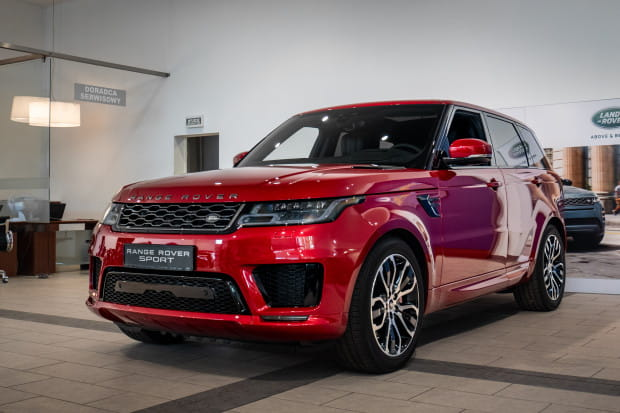 Range Rover Sport II. Cena: 604 930 zł.